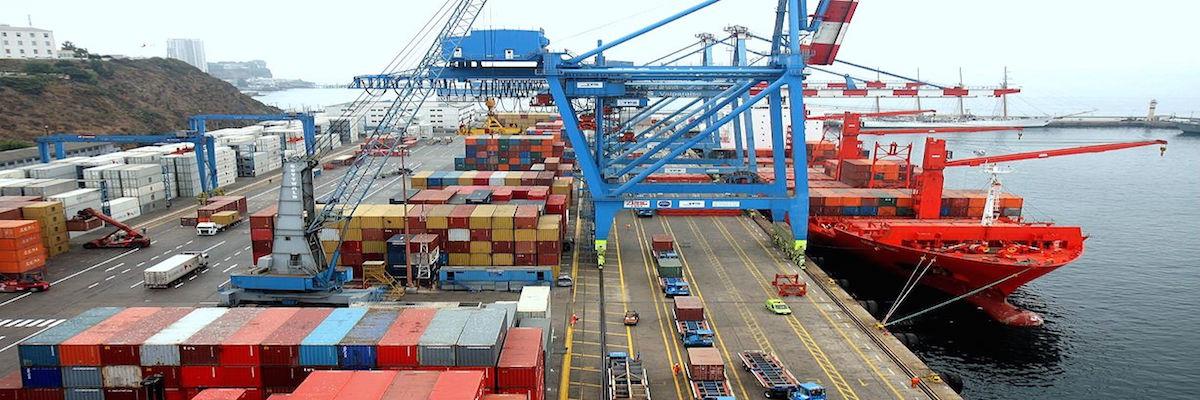 Exportaciones a EU se desploman 48% en abril.