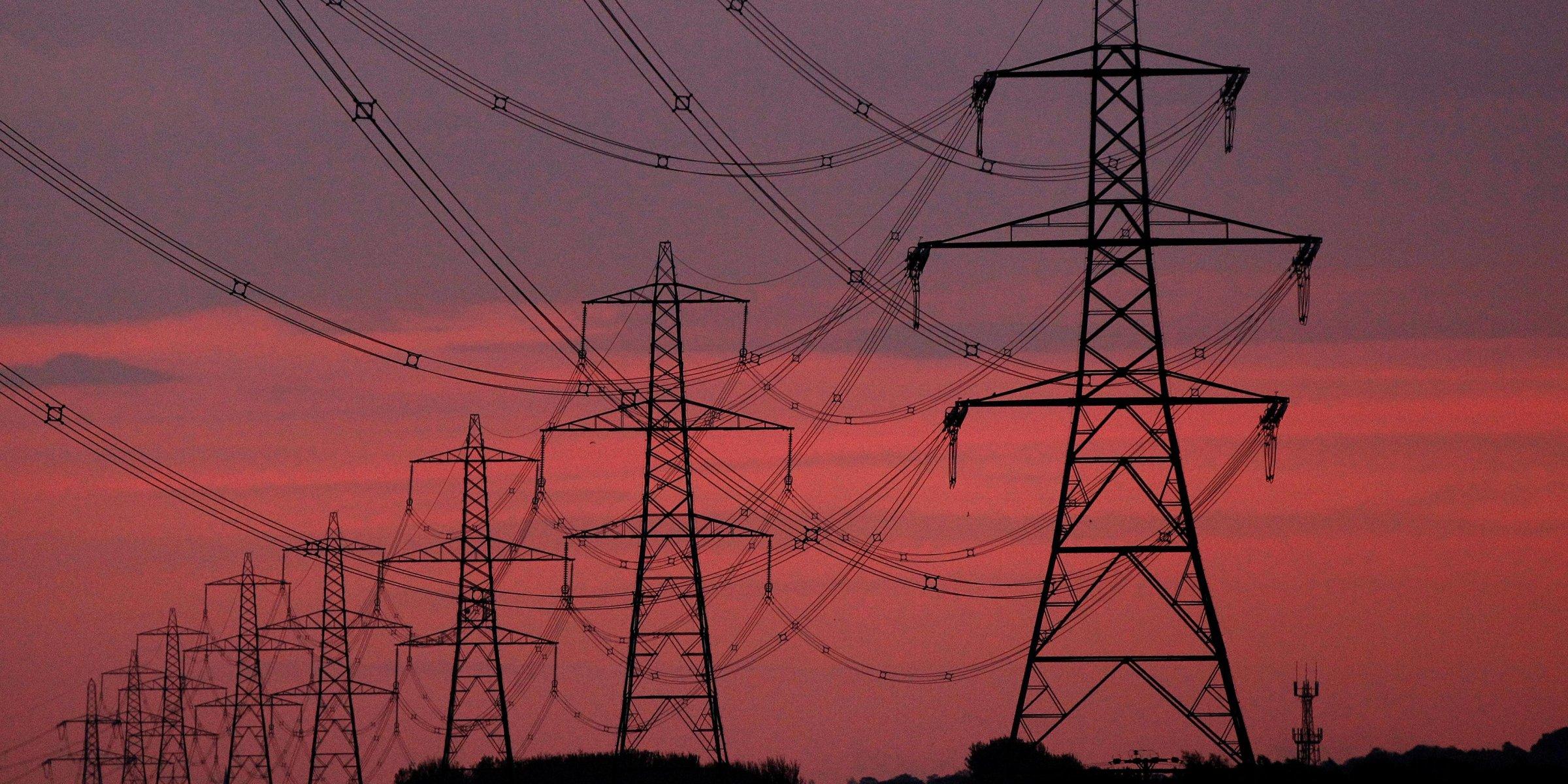 Revisa Gabinete de EU ley eléctrica de AMLO.
